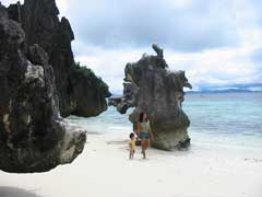 Banol Beach, 20 minutes by boat from Coron